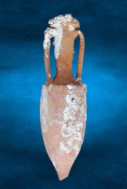 Roman amphora from the wreck of Mal di Ventre.